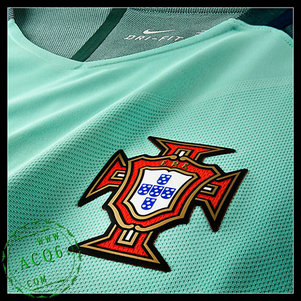 Uniformes Futebol Portugal F.Coentrao Euro 2016 2017 Ii Masculina ... a409755fb1548