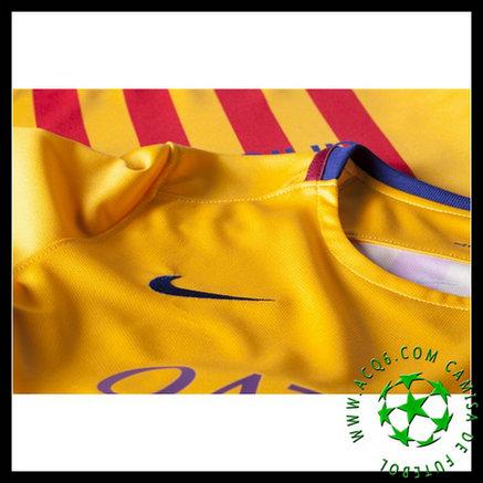 b6c6c8eae7 Uniformes Futebol (8 A.INIESTA) Barcelona Autêntico II 2015 2016 FEMININA