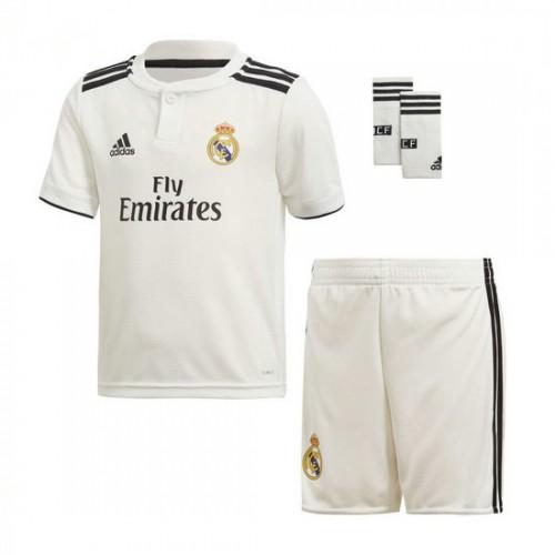 Conjunto adidas Real Madrid Equipamento Principal Crianças 2018-2019 Branco-Preto  Loja Cascais ad4bba77d6c